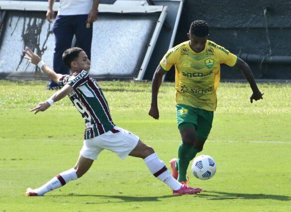 Gabriel Teixeira jogou muito bem e ainda fez o gol da vitória