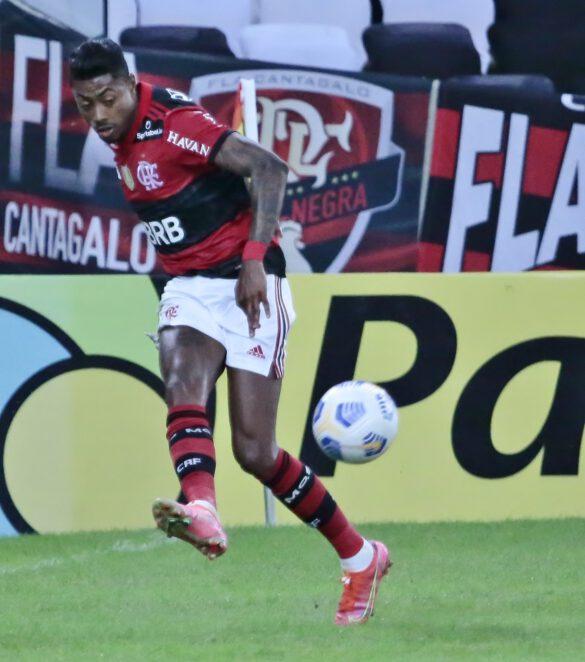 Bruno Henrique sempre perigoso