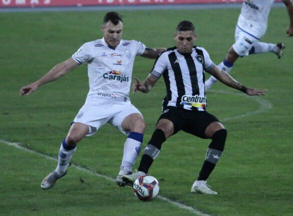 O Botafogo não deu espaço ao adversário