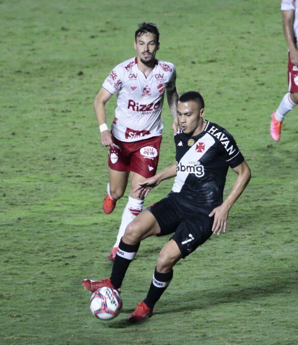 Léo Jabá fez uma boa partida